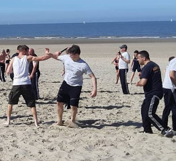 Beach Krav Maga avec Team First