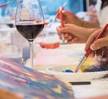 Paint and wine avec Team First